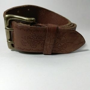 Vintage Gap Leather Belt Size M Tooled Brass
